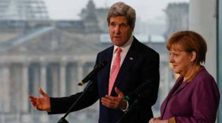 Kerry pushes for Gaza truce as death toll tops 770