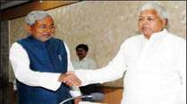 Lalu, Nitish announce alliance for Aug 21 bypolls