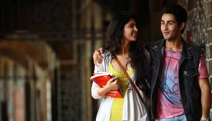 <b>Lekar Hum Deewana Dil</b>: Raj Kapoor's grandson Armaan Jain had not only his entire Kapoor Khandaan supporting and promoting him but also had Bollywood biggies Shah Rukh Khan and Rekha attend the grand premiere of his debut rom-com flick. But, unfortunately the film is said to be struggling at the Box Office.