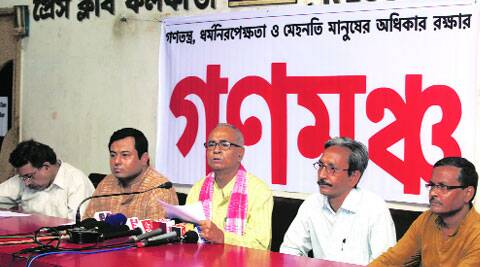 Expelled CPM leader and MLA Abdur Rezzak Mollah (middle) at Kolkata Press Club, Wednesday. (Source: Express photo by Partha Paul)