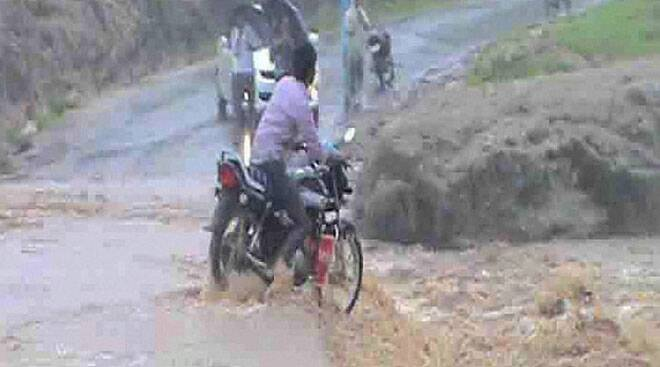 Flood, heavy rains disrupt normal life across the country