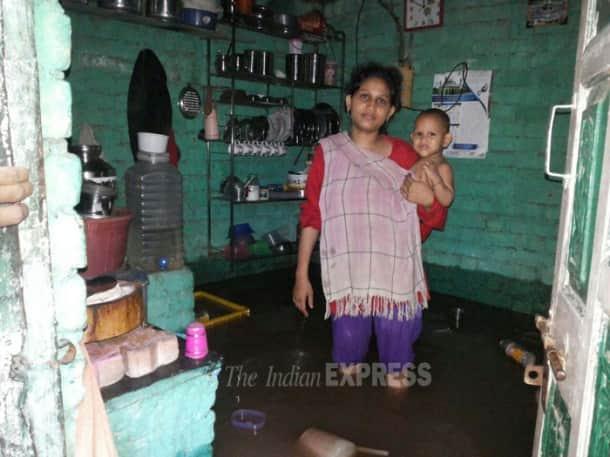 Heavy rains disrupt life in Mumbai, Gujarat