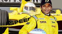 Narain Karthikeyan finishes 7th in 3rd round of Super Formula series