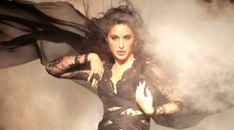 Post 'Kick's 'Devil' song, Nargis Fakhri bruised and battered