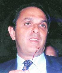 Nusli Wadia yet to depose in 25-yr-old case, HC raps CBI
