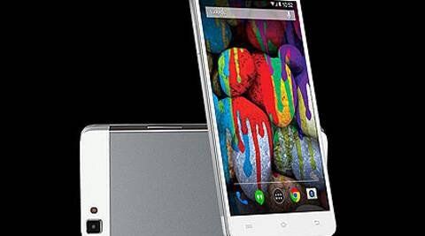 Obi Octopus S520 is priced at Rs 11,990 and is available initially on Snapdeal