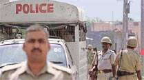 2 cops suspended for taking bribes from red sanders smugglers in AndhraPradesh