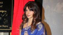 Priyanka Chopra to promote Indian handlooms, Banarasisaris