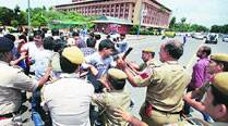 As UPSC protests escalate, parties jump into fray