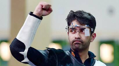 Abhinav Bindra shoots gold, Matsa, Malaika win their first Commonwealth Games medals
