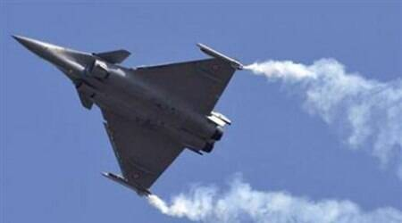 Rafale deal to be signed on eve of Hollande's India visit