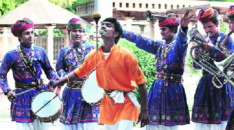 Performers in front of Bikaner House near India Gate. ( Express archive )