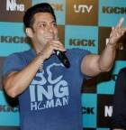 Photographers boycott Salman Khan; 'respect' their decision, says the 'Devil'
