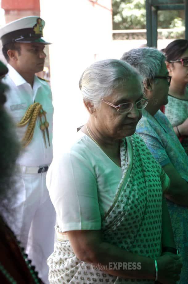 Zohra Sehgal cremated in Delhi