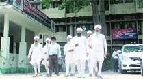 Followers of one group of  Namdharis meetDCP