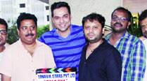 Abhay Deol is flanked by director Sethu Sriram, dialogue writer Chintan Gandhi and sound recordist Radhakrishnan
