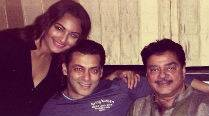 Sonakshi Sinha celebrated Eid with 'Dabangg' Salman Khan