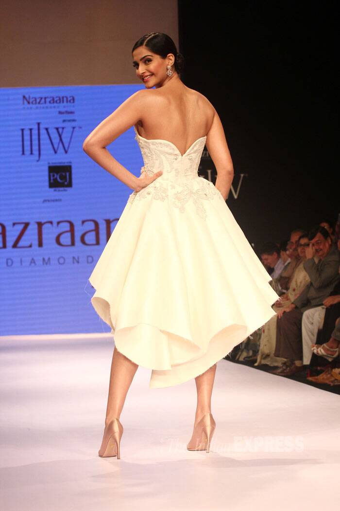 Sonam shows off her sexy back in the gorgeous creation and towering stilettos. (Source: Varinder Chawla)