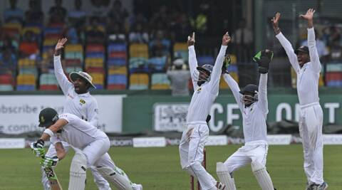 Sri Lankan players appeal vociferously forn an LBW against Dale steyn