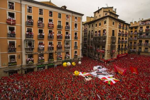 Running of the bulls: San Fermin festival in Pamplona, Spain in full swing