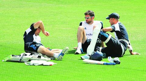 England captain Alastair Cook (L) can't afford another poor Test, what with pundits gunning for his head. Source; AP