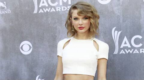 Taylor Swift said couples can stay in love forever if they just continue to surprise each other. (Source: Reuters)