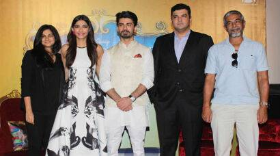 PHOTOS: 'Khoobsurat' Sonam Kapoor, Rhea step out in black and white