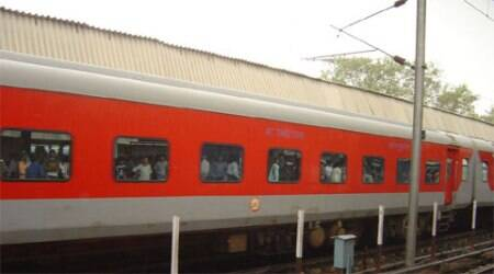 There have been complaints regarding the quality of linen provided to Rajdhani passengers.