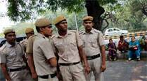Varanasi Police set up fund to help devotees whose pockets getpicked