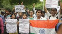UPSC aspirants marching towards Parliament detained by police, fail to get any assurance from government