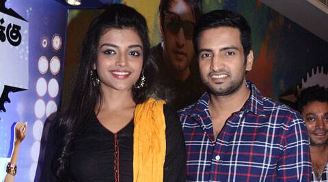 Santhanam and Ashna Zaveri have together earlier in 'Vallavanuku Pullum Aayudham'.