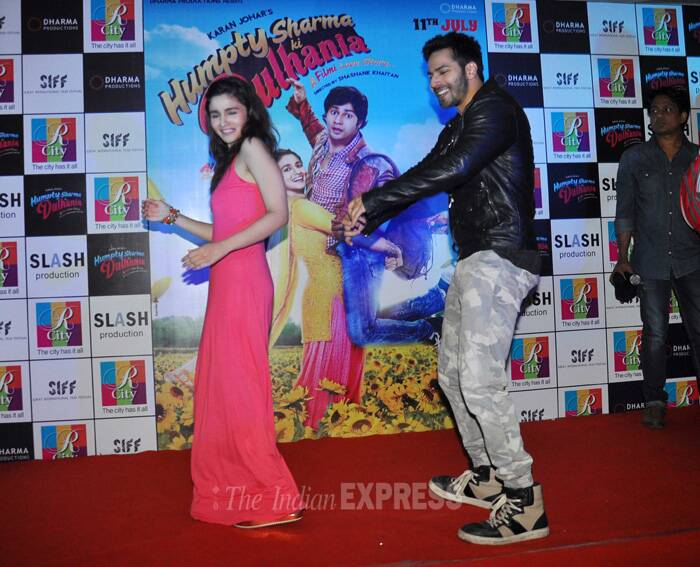 Varun and Alia go 'D Se Dance'! (Source: Varinder Chawla)