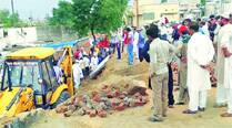 2 killed, 42 hurt as mosque wall collapses in Mehsana