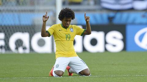 Scolari played Willian against a local under-20 squad in front of Brazil's defensive midfielders, the same way Neymar played before being ruled out of the tournament because of a back injury. (Source: AP)