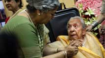 Zohra Sehgal's loss leaves film fraternity heartbroken