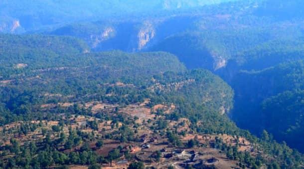 1.-Patalkot-valley