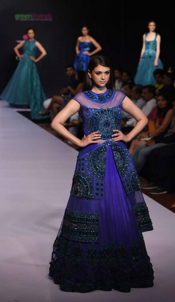 Photos southern hotties scorch the ramp at bangalore fashion week the indian express Bangalore fashion style week