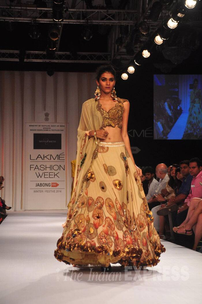 A model walks the ramp on the third day of LFW (Source: Varinder Chawla)