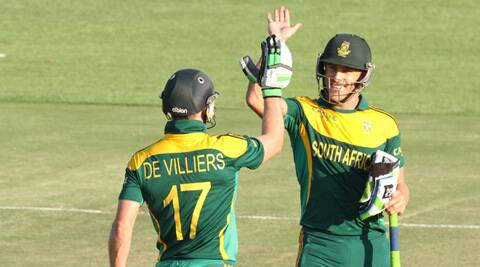 De Villiers and Du Plessis put on 206 runs for the third wicket (Source: AP)