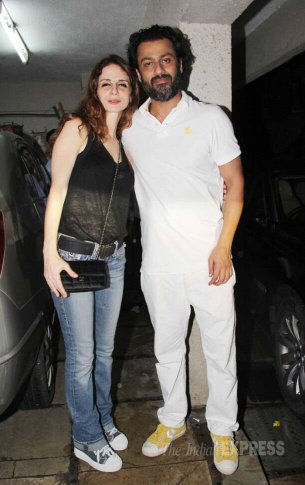 Still friends! Sussanne Roshan with Arjun Rampal, Mehr at Abhishek Kapoor's bash