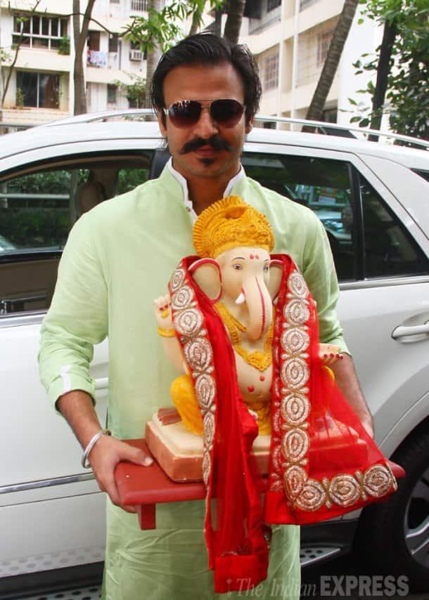Govinda,  daughter Narmmadda and other celebs celebrate Ganesh Chaturthi
