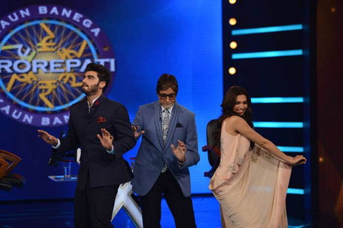 The song from the young stars' forthcoming film 'Finding Fanny' is on everyone's lips and Big B enjoyed dancing on it when the duo joined him on the set of KBC's eighth season, which he hosts. (Source: Amitabh Bachchan blog/ FB/ Twitter)