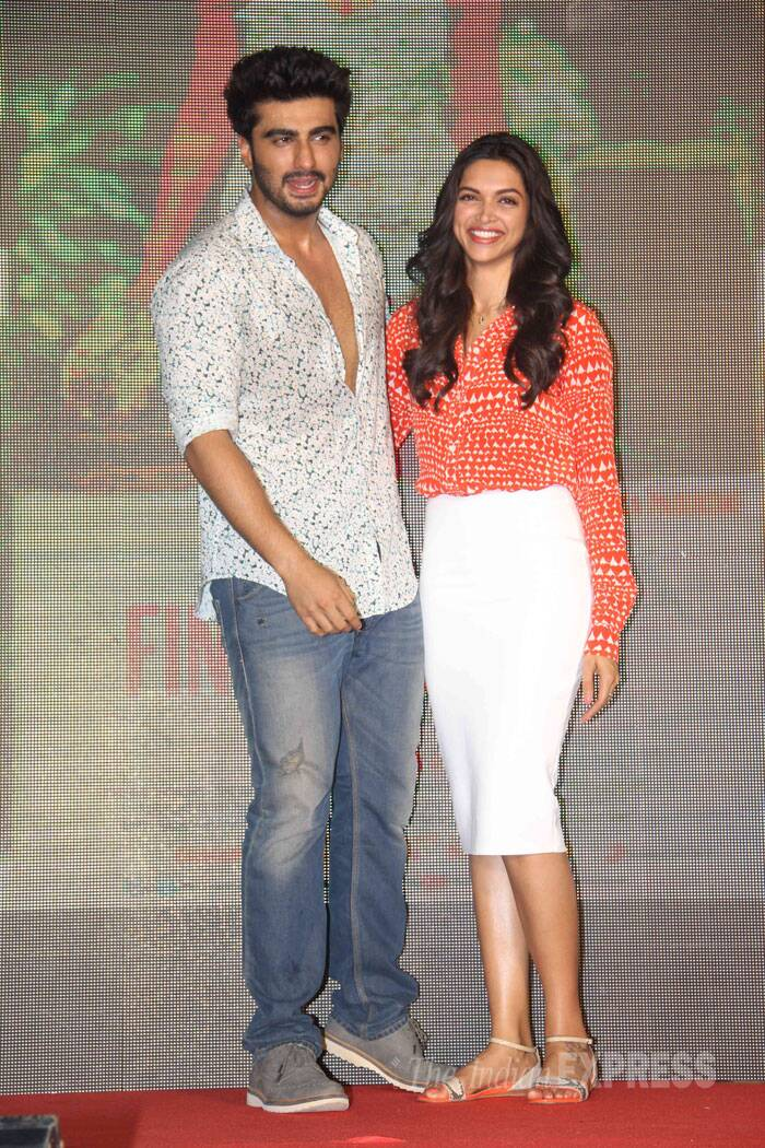 The 'Finding Fanny' couple who will be seen together for the first time onscreen get ready for the bugs! (Source: Varinder Chawla)