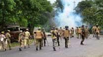 Clash between locals and cops in sensitive oldVadodara