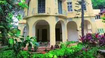 May have to raze Bhabha's bungalow, new owner tells HC