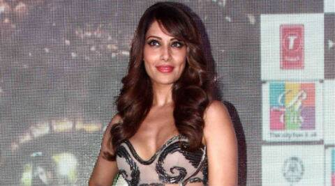 Bipasha Basu on 'Creature 3D': It's a film like 'Jurassic Park' or 'Anaconda'.