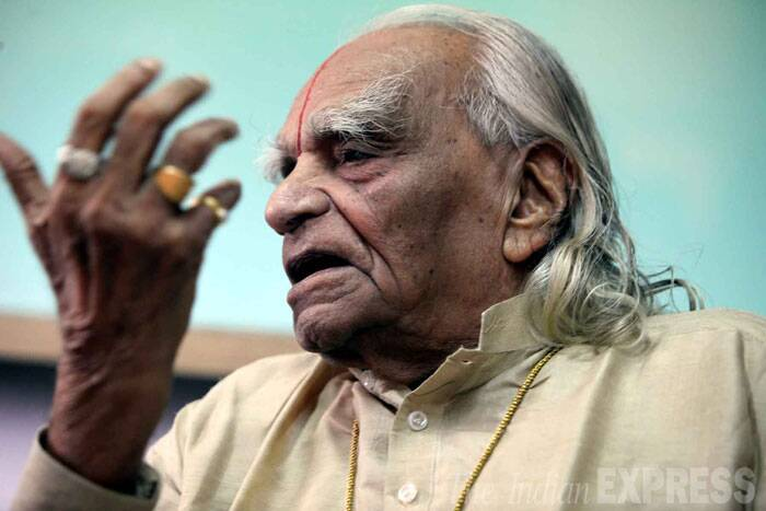 "The yogacharya, who was active till the end through his Iyengar Institute of Yoga, had a large following of disciples within and outside the country. Hailed as a ""modern rishi"", Iyengar set up over 100 branches of his institute in different countries.  (Source: Express Archive Photo)"