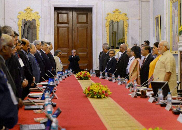 President Pranab Mukherjee, Prime Minister Narendra Modi and HRD Minister Smriti Irani at a conference of Chairmen, Board of Governors and Directors of Indian Institute of Technology at Rashtrapati Bhavan. (Source: PTI)