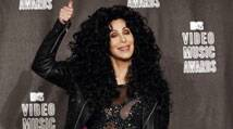 Cher never looks in themirror