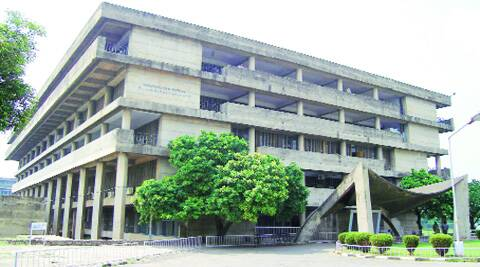 Ludhiana has the maximum number of PU-affiliated colleges.